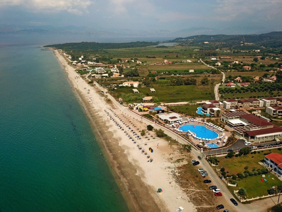 Almyros Beach Resort & Spa - 1