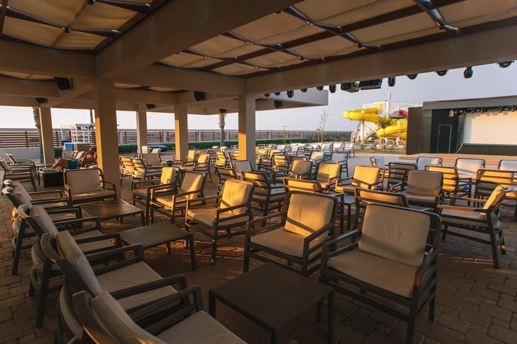 Almyros Beach Resort & Spa - 17