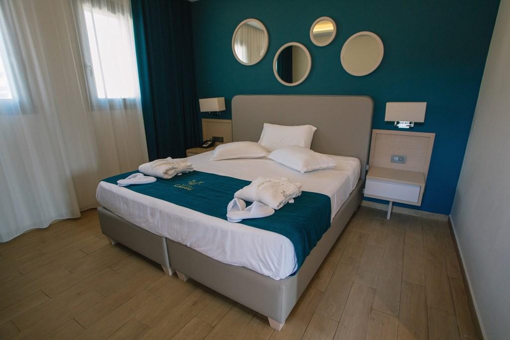 Almyros Beach Resort & Spa - 51