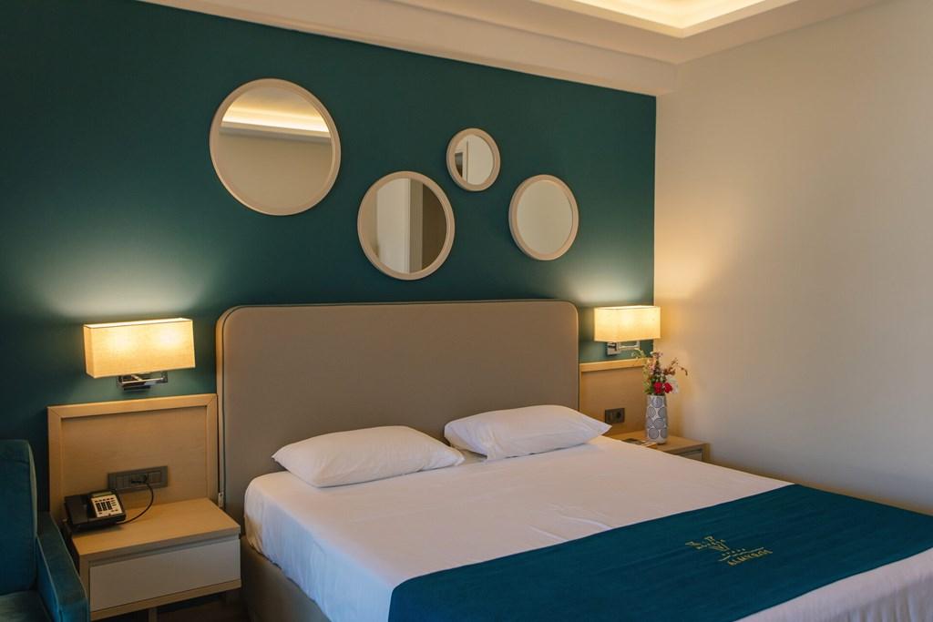 Almyros Beach Resort & Spa - 37