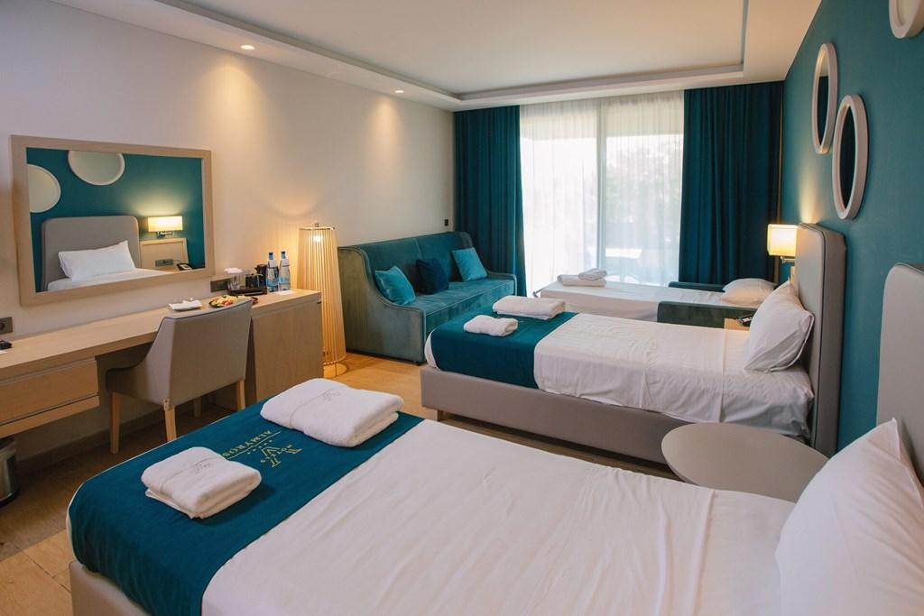 Almyros Beach Resort & Spa - 33