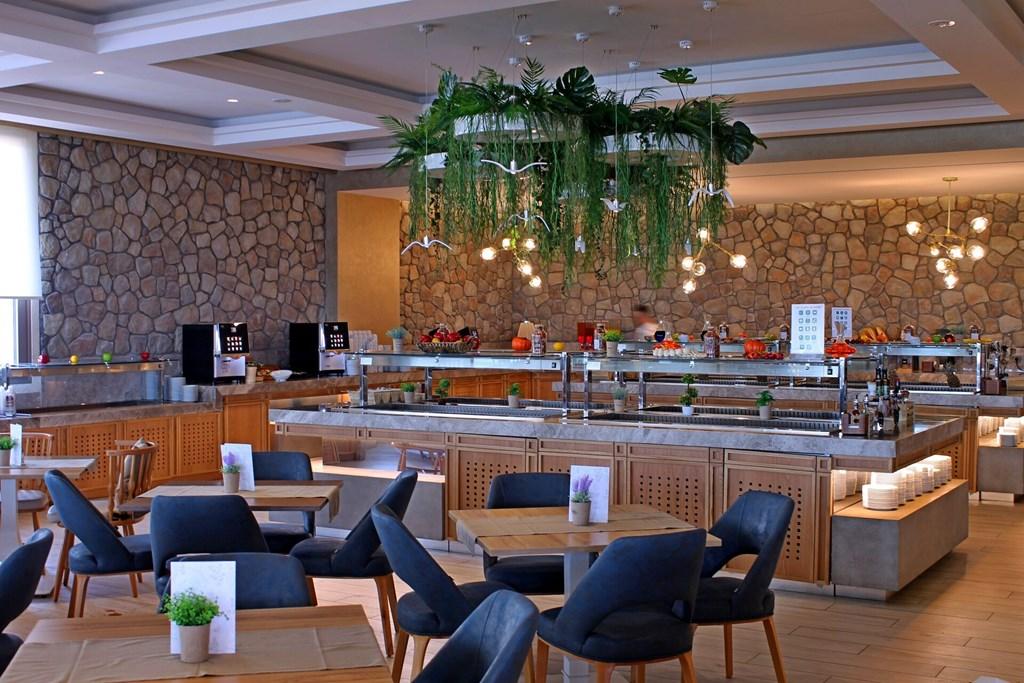 Almyros Beach Resort & Spa - 20
