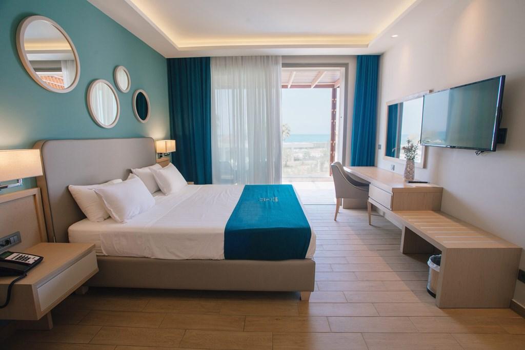 Almyros Beach Resort & Spa - 68