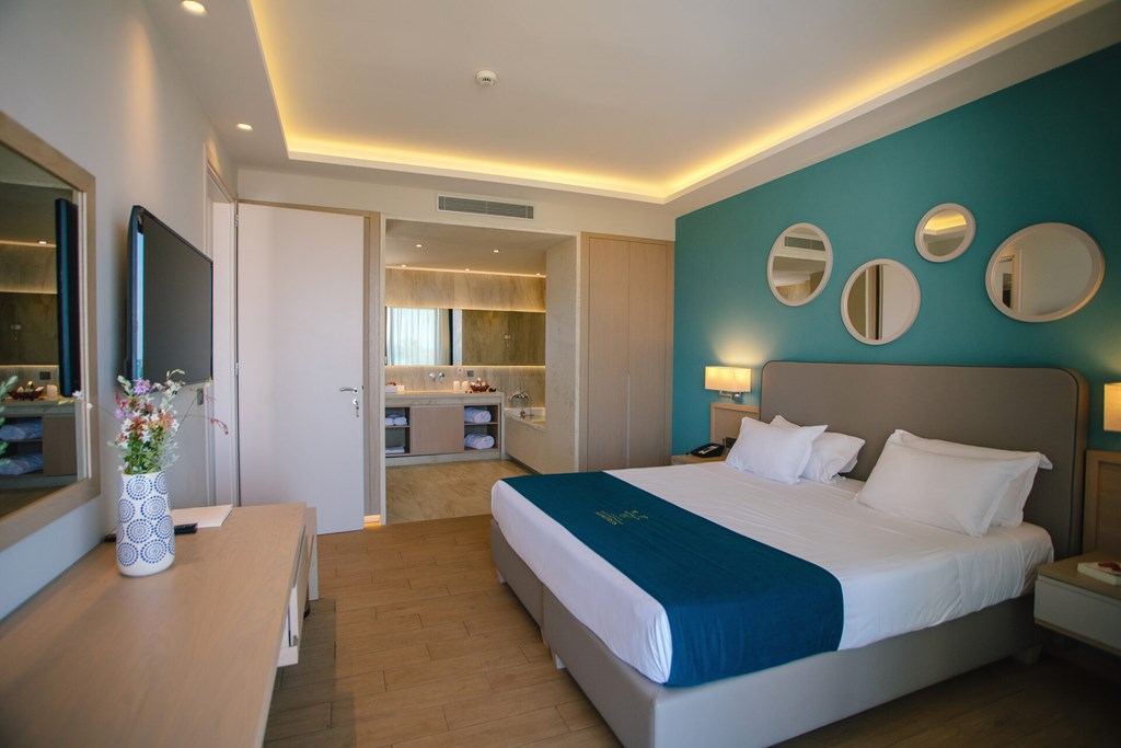 Almyros Beach Resort & Spa - 70