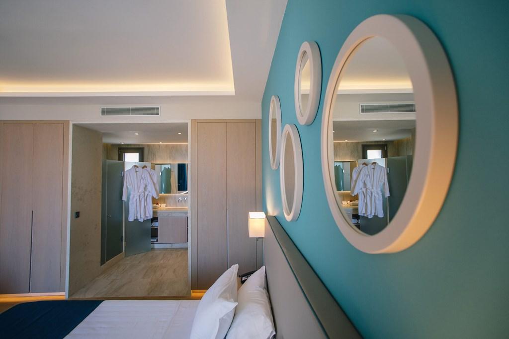 Almyros Beach Resort & Spa - 72