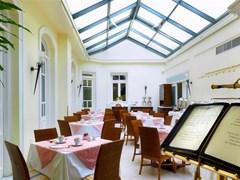 Grande Bretagne Hotel - photo 2