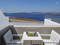 Acroterra Rosa Luxury Suite - photo 18