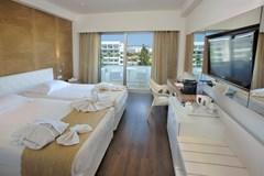 Nestor Hotel - photo 36