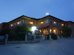 Zeus Hotel  - photo 10