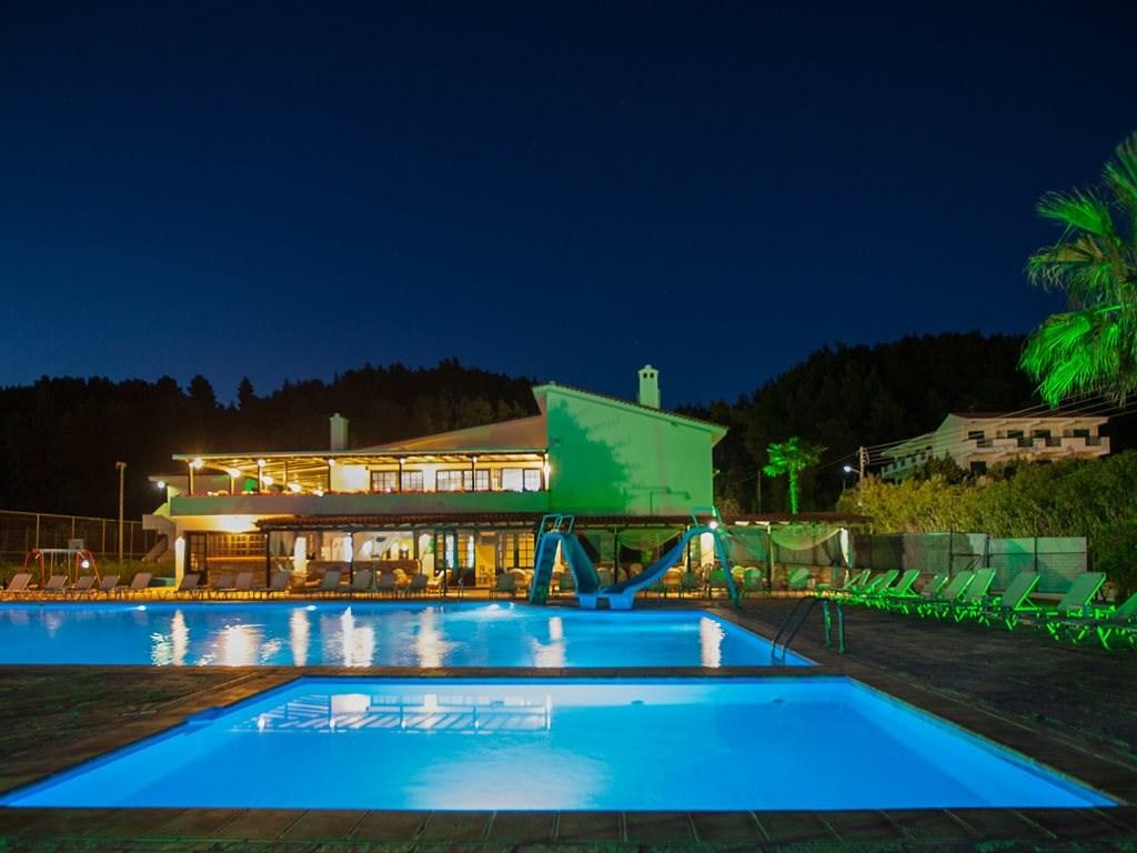 Bellagio Hotel - 12