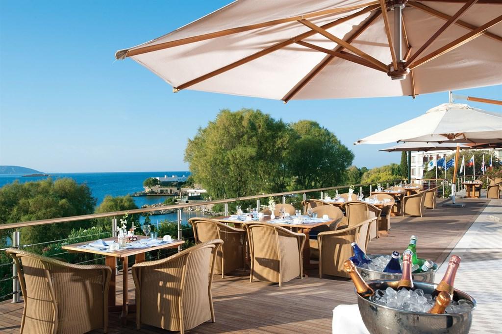 Grand Resort Lagonissi - 13