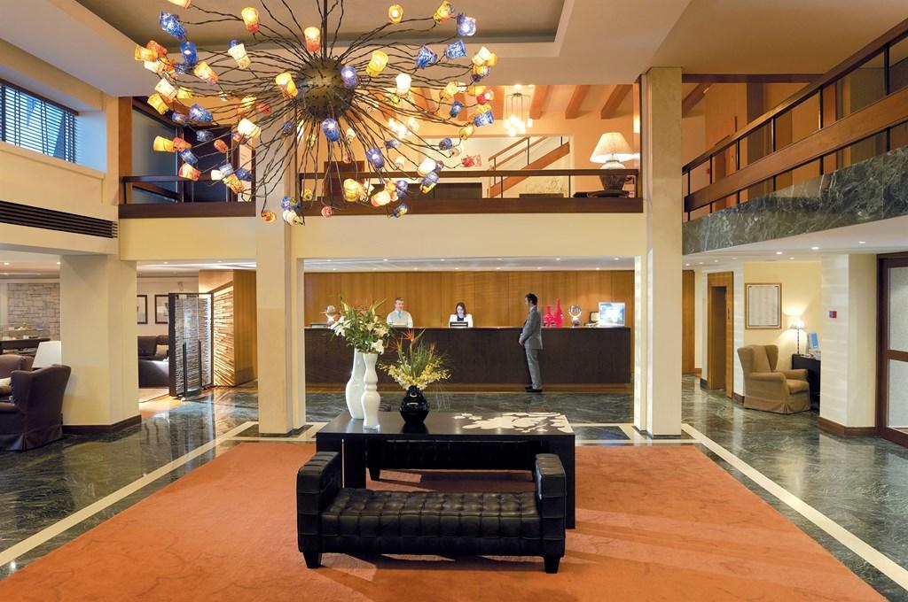 Grand Resort Lagonissi - 12