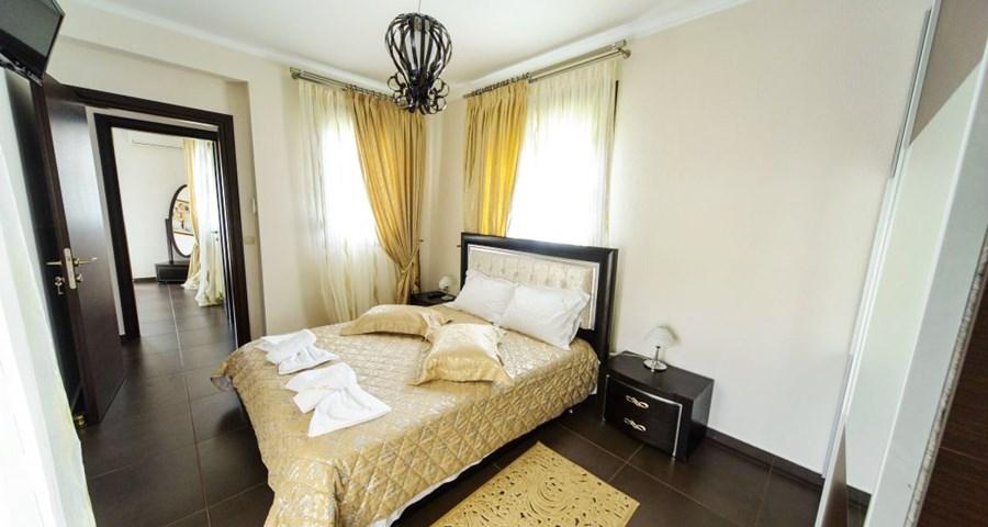 Elegant Villa
