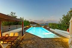 Beach Villa in Agios Nikolaos - photo 8