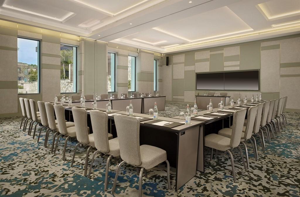 Parklane, a Luxury Collection Resort & Spa - 21
