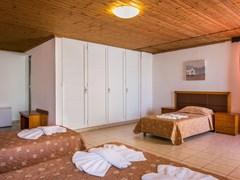Talea Beach Hotel: Family Room - photo 31