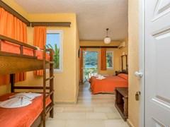 Talea Beach Hotel: Family Room - photo 32