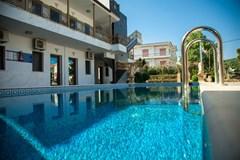 Greek Pride Hotel Apartments - photo 1