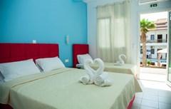 Greek Pride Hotel Apartments: Triple - photo 17