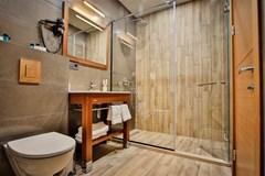 Ameri Plaza Hotel - photo 3