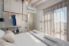 Southrock 5 bedroom Villa - photo 3