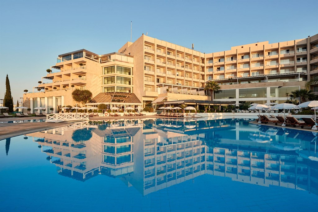 Grecian Park Hotel - 1
