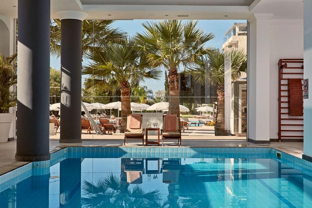 Grecian Park Hotel - 11