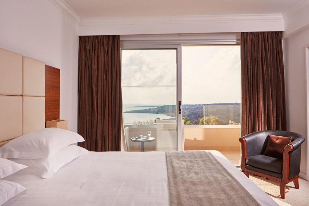 Grecian Park Hotel - 35