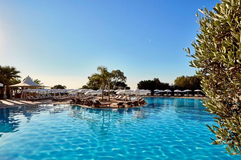 Grecian Park Hotel - 8