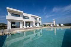 Thea Sunrise Luxury Villa - photo 2