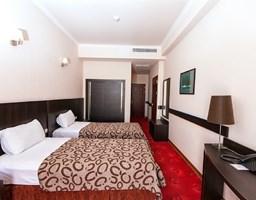 Bomo Regineh Hotel