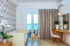Bomo Themis Beach Hotel - photo 15