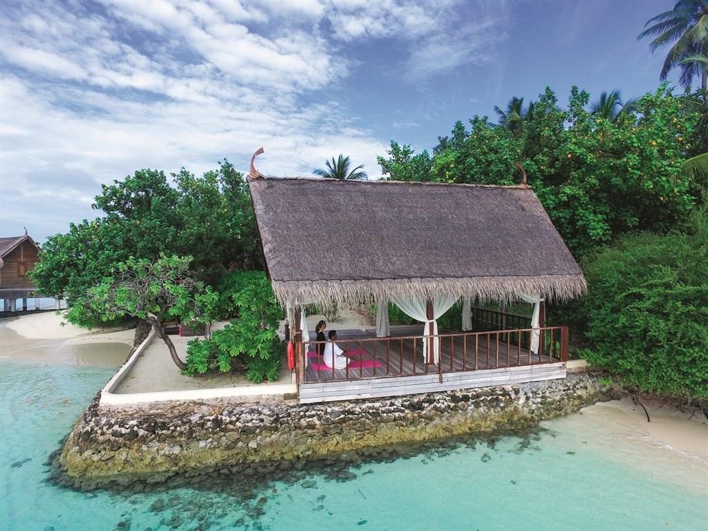 Constance Moofushi Resort - 44