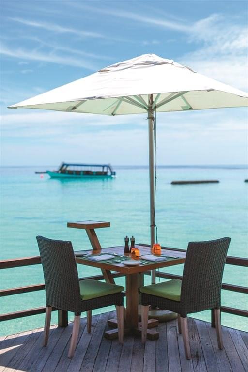 Constance Moofushi Resort - 77