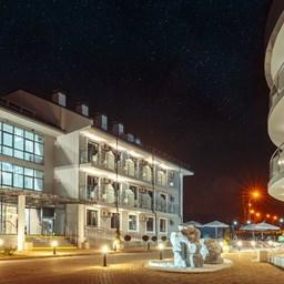 Bomo Marine Palace