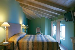 Grecotel Plaza Beach House: One Bedroom Maisonette - photo 20