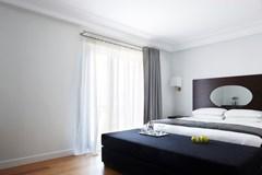 Acropolis Hill Hotel - photo 9