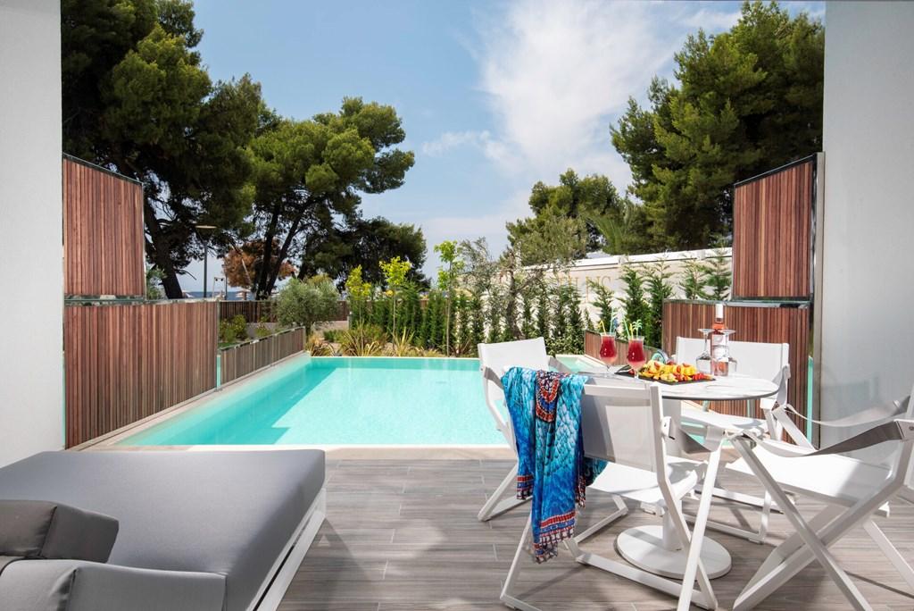 Lagomandra Beach & Suites - 43