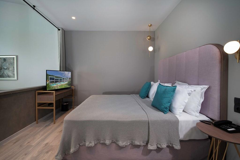 Lagomandra Beach & Suites - 39