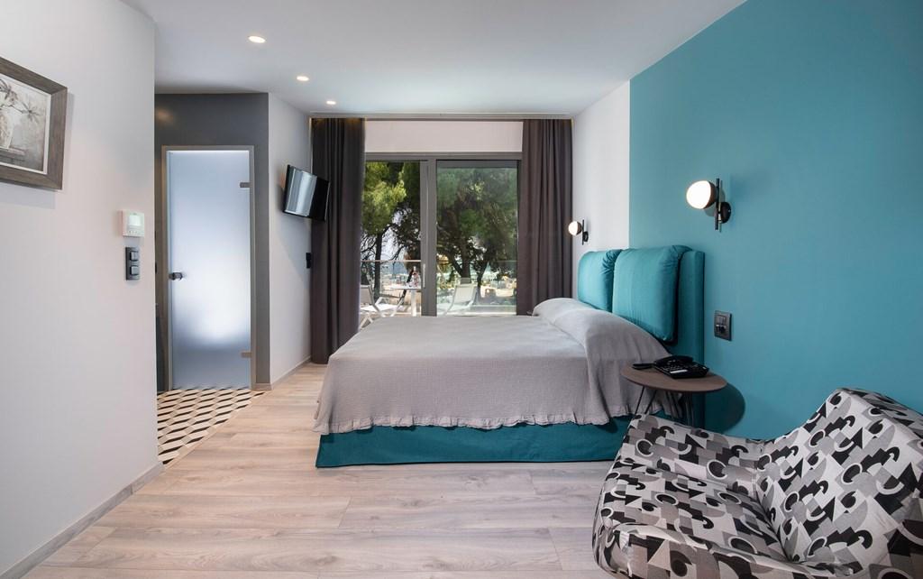 Lagomandra Beach & Suites - 42