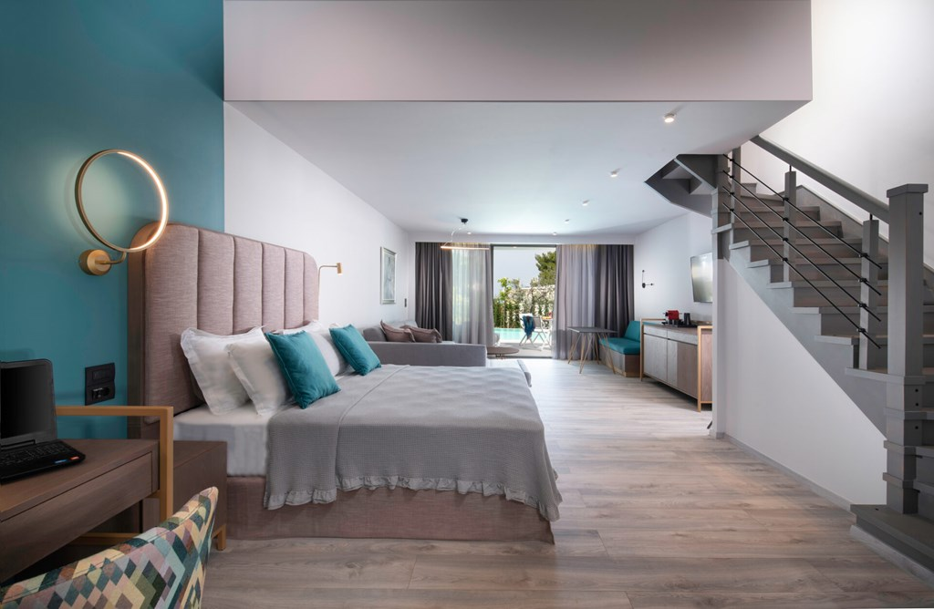 Lagomandra Beach & Suites - 41