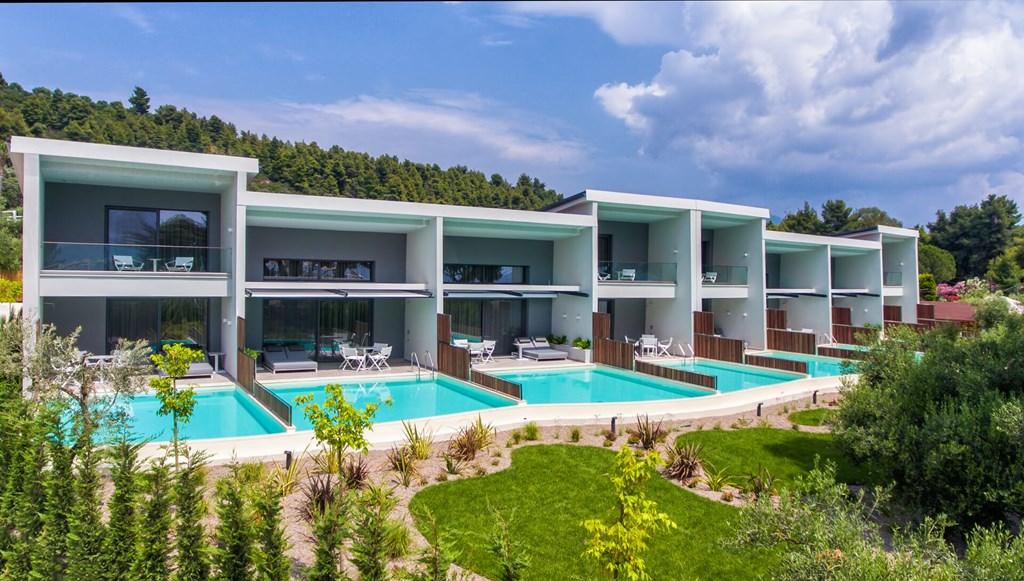 Lagomandra Beach & Suites - 17