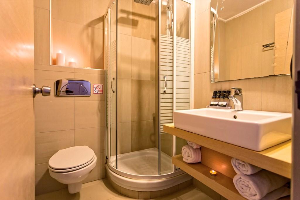 Lagomandra Beach & Suites - 46