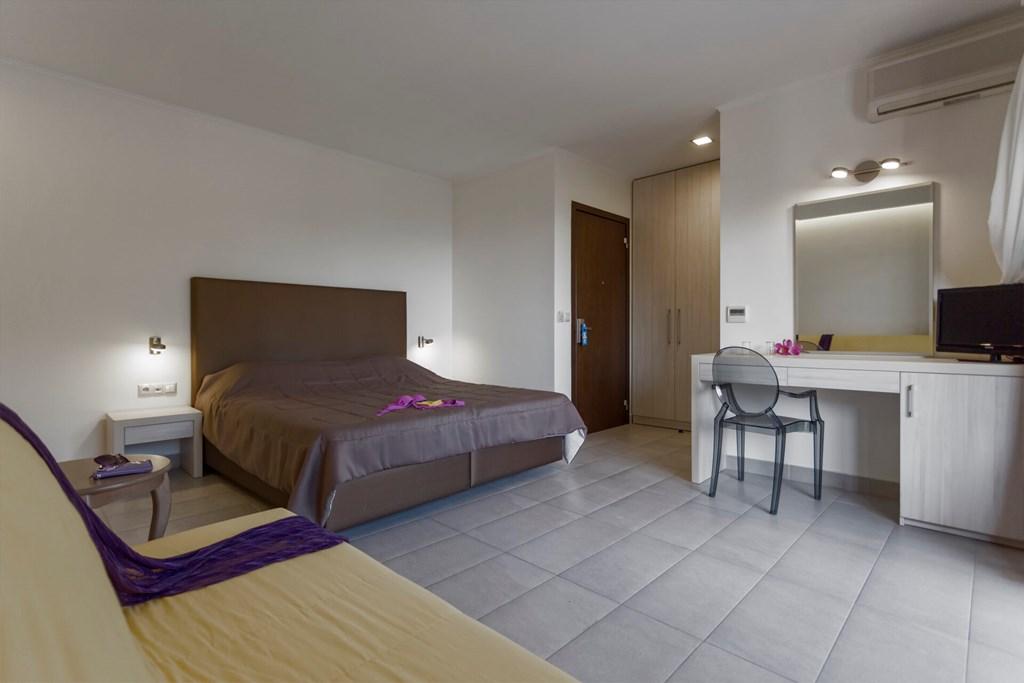 Lagomandra Beach & Suites - 27