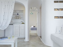 Altana Traditional Houses & Suites - photo 11