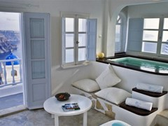 Altana Traditional Houses & Suites - photo 17