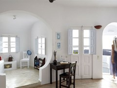 Altana Traditional Houses & Suites - photo 12