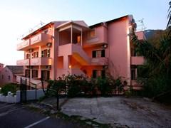 Alexis Apartments  - photo 5