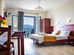Olive Bay Hotel - photo 5