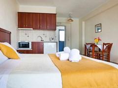 Olive Bay Hotel - photo 7